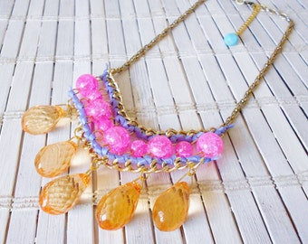 Orange & Pink Beaded Bib Necklace, Spring summer style, Bright colors, Statement necklace, Beads and chains, Crystal Dangles, Cute Casual