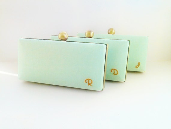 bridesmaid clutches set