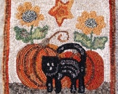 "Rug Hooking Pattern, Fall is Here, 14"" x 14"", J838"
