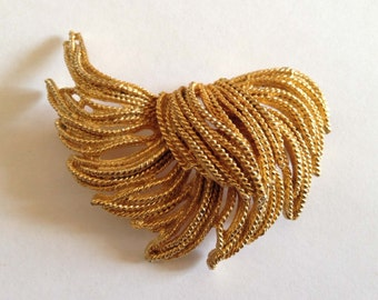 Vintage BOLD Layered Tassel Gold Tone Brooch Pin