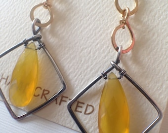 Geometric hammered silver and gold-filled earrings with honey chalcedony beads - wirewrapped drop earrings