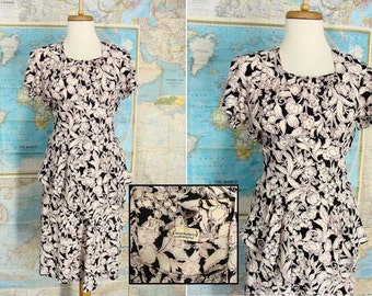 original vintage. 40s WWII Black White Pink Novelty Print Apron Peplum Rayon Dress XS 2 3