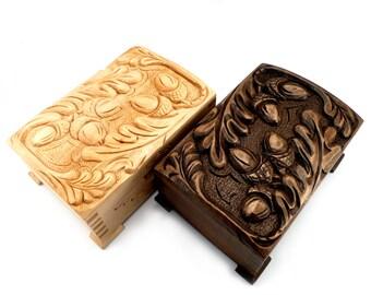 Hand carved wood box  jewelry box  trinket box wood jewelry keeper  keepsake box  vintage hand carved wood box, AUQ