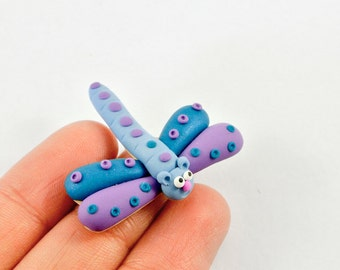 Dragonfly Pin - Insect jewelry - purple blue - Fun Spring brooch - Nature inspired animal jewelry