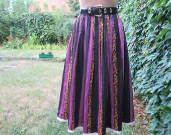 Cotton Skirt Vintage / Full / Size EUR40 / UK12 / Violet / Black / Yellow
