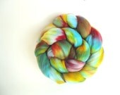 Hand dyed Superfine Merino (19 micron) combed top / roving 4.1 oz