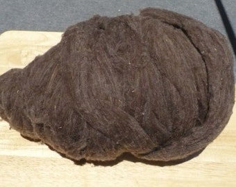 Brown llama wool roving for crafts