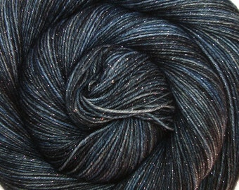 glitter sock yarn Star Trek Into Darkness sw merino nylon stellina 3.5oz 435 yards