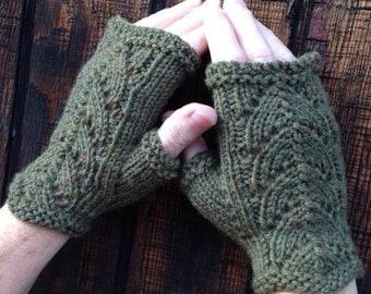 Moss Green Wool Fingerless Gloves with Lace Detail