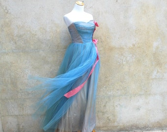 Vintage 50's strapless prom /evening dress -50s baby blue tulle forrmal dress - small