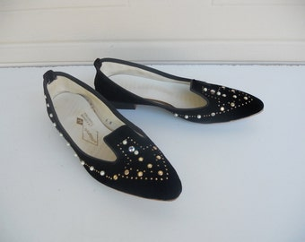 Vintage 50's Black Velvet Jeweled Shoes . by Pierrettes . New Old Stock . Size 5-6