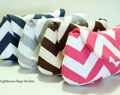 Chevron Bridesmaid Clutches Set of 4 Choose your own color  Blue Gray Coral Black Red Hot Pink Lavender Green Yellow Navy Blue Brown Orange