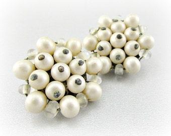 Vintage White Glass Pearl Earrings, JAPANESE Bead Cluster Earrings, Clip-on Earrings, 1950s Costume Jewelry Prom Wedding Bridal Jewelry