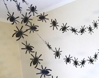 Halloween Spider Decor/ Paper Garland / Halloween Garland / 6ft Black Spiders Garland / Halloween Party Decor /Halloween Garland