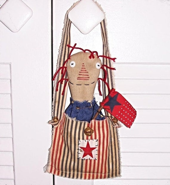 Primitive Patriotic Americana Raggedy Annie Ann Doll Pouch Flag Stick  Door Hanging Decor Keb14-1