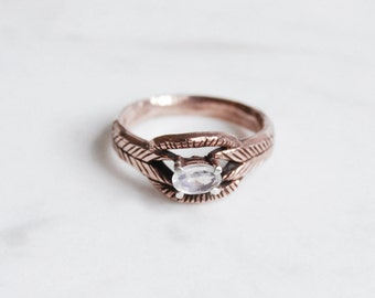 Moonstone deco ring in 9kt rose, yellow, or white gold