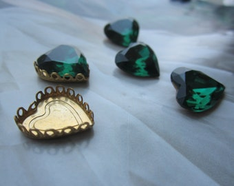 Vintage Emerald Swarovski Glass Heart Gems With Settings