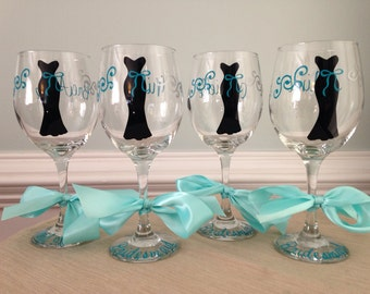 1 Personalized Bride and Bridesmaid Wine Glass