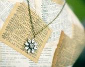 Olivia Flower Pendant Necklace