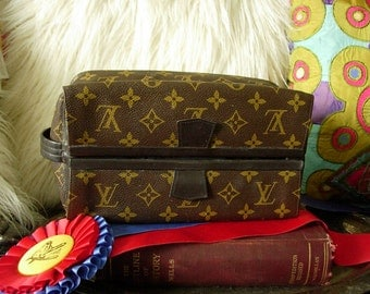 Ultra Rare Vintage Vintage LOUIS VUITTON Cosmetic Accessory Luggage Travel Dopp Bag Handsome