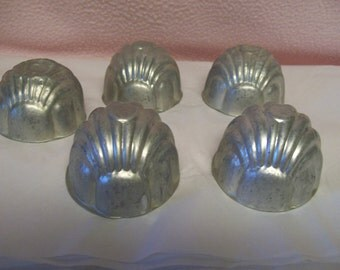 Shell Cake Pans Individual Serving Size Aluminum Set of 5
