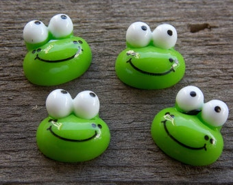 8 Acrylic Frog Cabochons 13mm