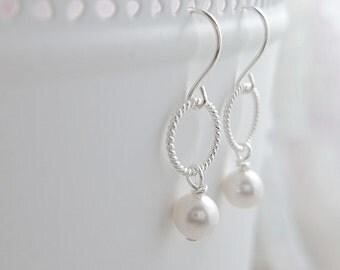 Bridesmaids pearl Earrings - silver earrings - bridesmaids gift - wedding Bride engagement Small simple dainty hoop earrings