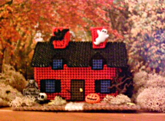 Haunted Halloween House  Miniature On Raven Lane