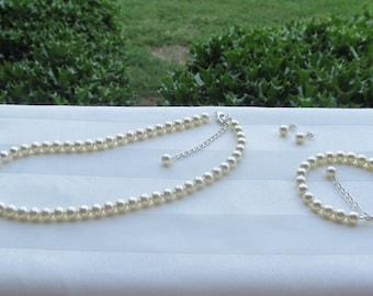 Simple Ivory Pearls Bridal Jewelry Prom Sorority Formal Jewelry Swarovski Cream Pearls Set