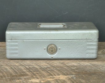 Vintage Master Steel Cash Box by Master Metal Products Inc.
