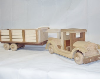 Natural Wood  Childrens Toy Farm Truck w. Gooseneck Trailer Pretend Play  Waldorf  Woodworking