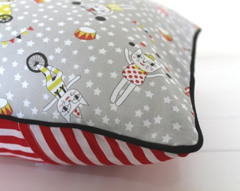 Cushion pillow cover 30cm - Le cirque de chats