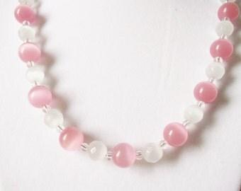 Handmade Jewelry, Beaded Necklace, Pink White Necklace, Cat Eye Necklace, Pink Cat Eye Necklace, White Cat's Eye Beaded Necklace, Beadwork