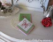 Christmas Candy Napkin for Dollhouse.