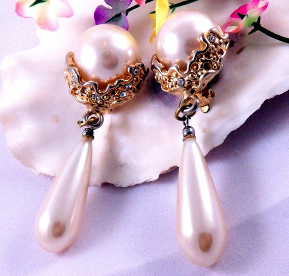 Vintage Clip-On Earrings Gold Tone Faux Pearls Rhinestones Costume Jewelry Free Shipping to USA Gift Box