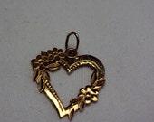 14 K Yellow Gold Chain & Flower Love Heart Pendant