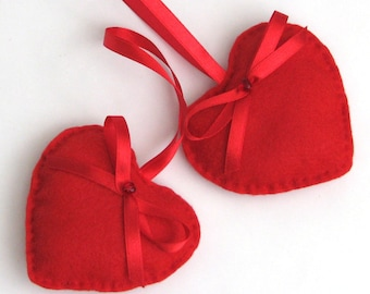 Felt heart ornament - red glass bead satin ribbon