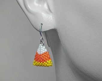 HALLOWEEN  Earrings Beading Pattern ... CANDY CORN Earrings Beading Pattern ... Beaded Geometric 3d Triangles