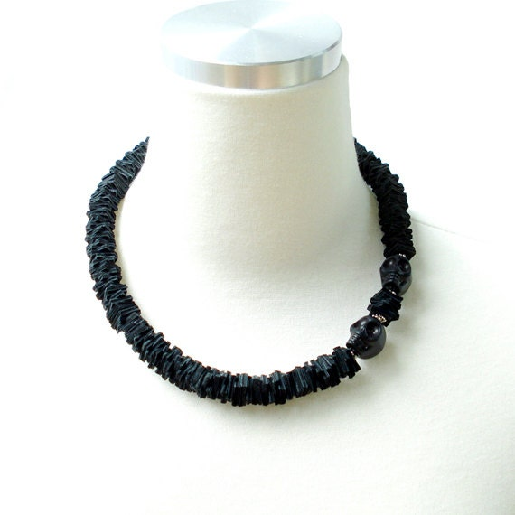 Genuine Leather Cut Out Necklace With Onyx Skull
