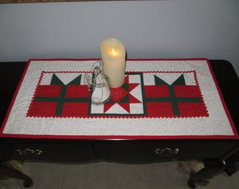 Reversible Christmas Package Quilted Table Runner