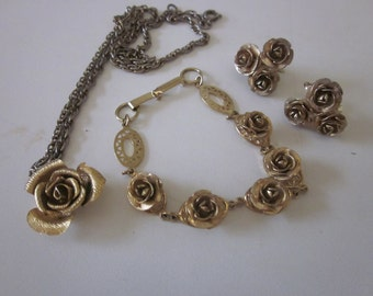 Vintage jewelry set gold roses necklace bracelet clip earrings