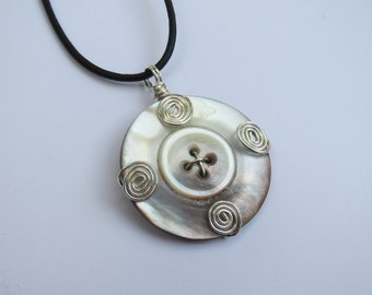 Pendant Wire Wrapped Vintage Button MOP Mother of Pearl