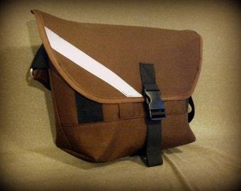 Cordura Waterproof MINI messenger bag, the MANTIS by siren bags