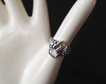 Sterling Silver Size 5 Ring Knotted Design with Flower Motif Cast by Chuck