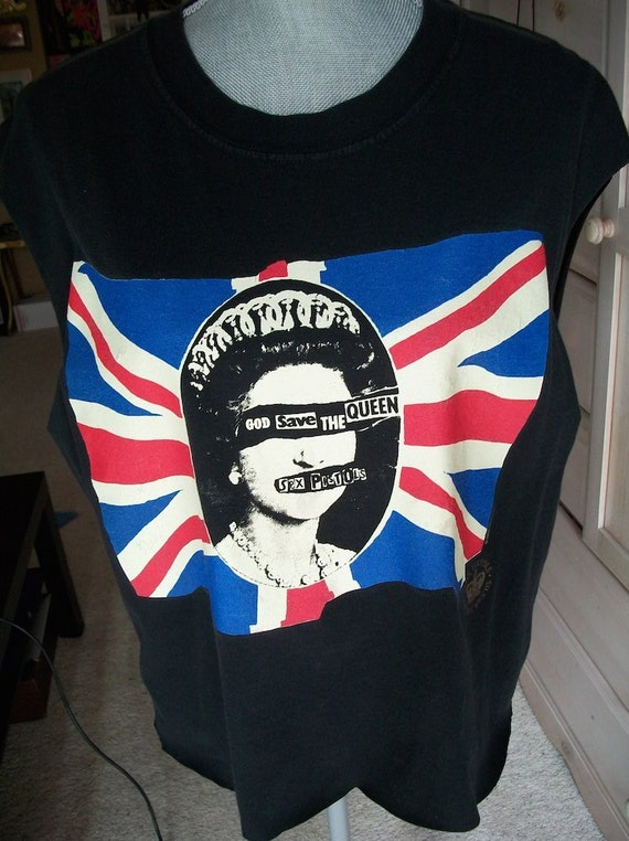 Sex pistols god save the queen tshirt
