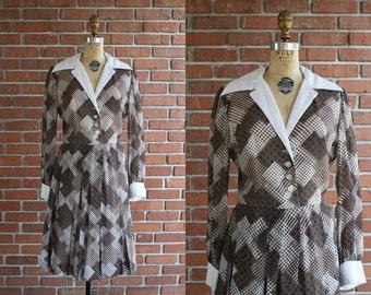 Vintage 1960s West Village from Above Dress / 60s Leslie Fay brown school uniform mini dress / Medium M