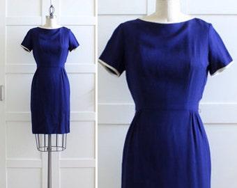SALE / Vintage Wiggle Dress / Navy 50s dress / 1950s Wiggle Dress / Mad Med Dress