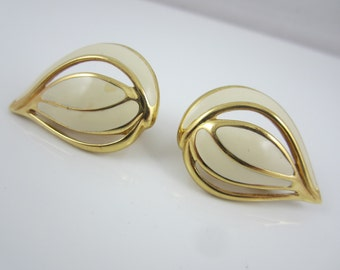 Classy MONET Gold Tone and Cream Enamel Clip On Earrings