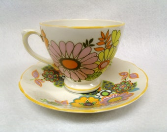 Royal Sutherland Staffordshire Teacup and Saucer, Unusual 60s Mod Flower Pattern