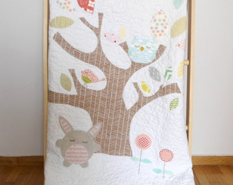 Ms.Simone and her sleeping friends applique baby/crib size quilt/playmat/Shower gift idea/ Nursery bedding/Made to order